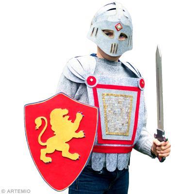 deguisement chevalier carton