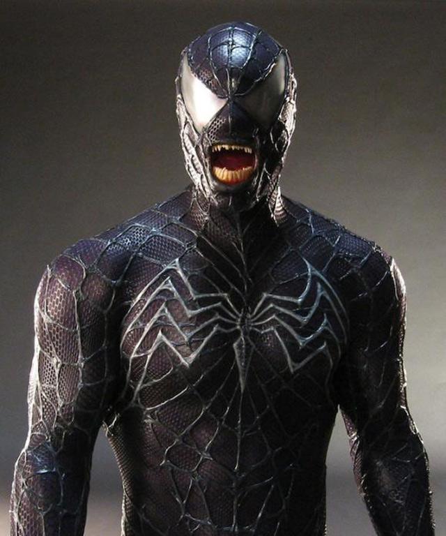 deguisement spiderman venom